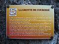 Plaque sur la grotte de Courossé.jpg