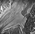 Plateau and Loomis Glaciers, tidewater glacier terminus and outwash, August 24, 1963 (GLACIERS 5769).jpg