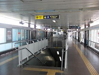 Suminoekōen Station - Nankō Port Town Line platform