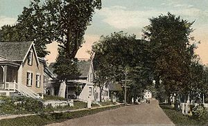 Meredith, New Hampshire - Plymouth Street c. 1920