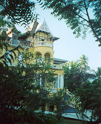 Murder in Pacot - Old gingerbread villa in Pacot in 2002