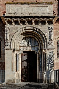 Porte Miégeville - Basilique Saint-Sernin.jpg