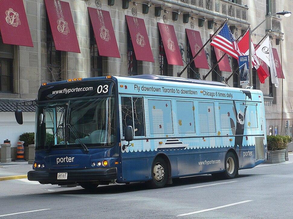 Porter Shuttle 03 Chicago wrap