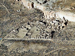 ancient Puebloan ruin in New Mexico