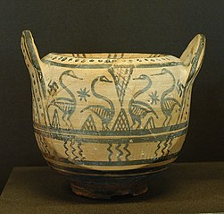 boeotian pyxis with birds