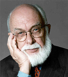Photographie du scientifique sceptique James Randi.