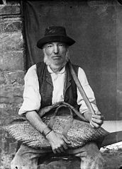R Evans the wheelwright, Churchstoke (Tfn)