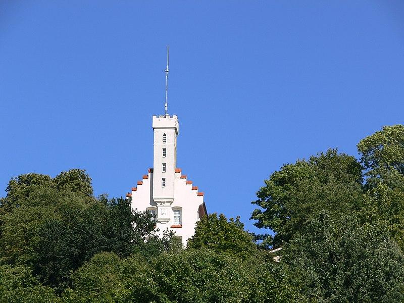 File:Ravensburg Veitsburg Schlösschen.jpg