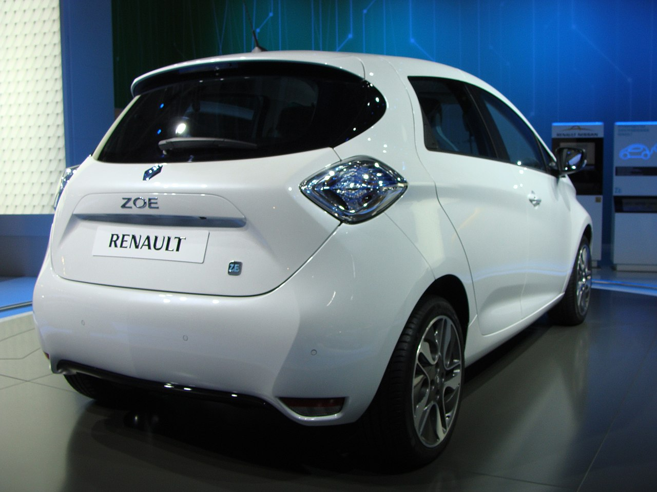 file renault zoe on mias 2012 rear view 2 jpg wikimedia commons. Black Bedroom Furniture Sets. Home Design Ideas