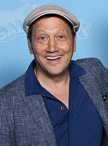 Description de l'image Rob Schneider Photo Op GalaxyCon Raleigh 2019.jpg.