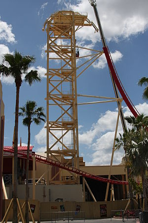 Hollywood Rip Ride Rockit - Construction on vertical lift and first drop in April 2009