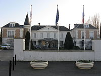 Roissy-en-Brie mairie.jpg