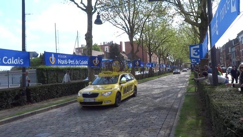 File:Roubaix - Paris-Roubaix, le 13 avril 2014 (A12).ogv