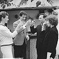 Rudi Carrell (links met echtgenote) en de heer H.A. Gomperts (rechts met echtgen, Bestanddeelnr 915-0732.jpg
