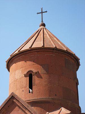 Saint Sarkis Church of Ashtarak - Image: S. Sargis Dome