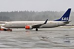 SAS, LN-RGD, Boeing 737-86N (39930471974).jpg