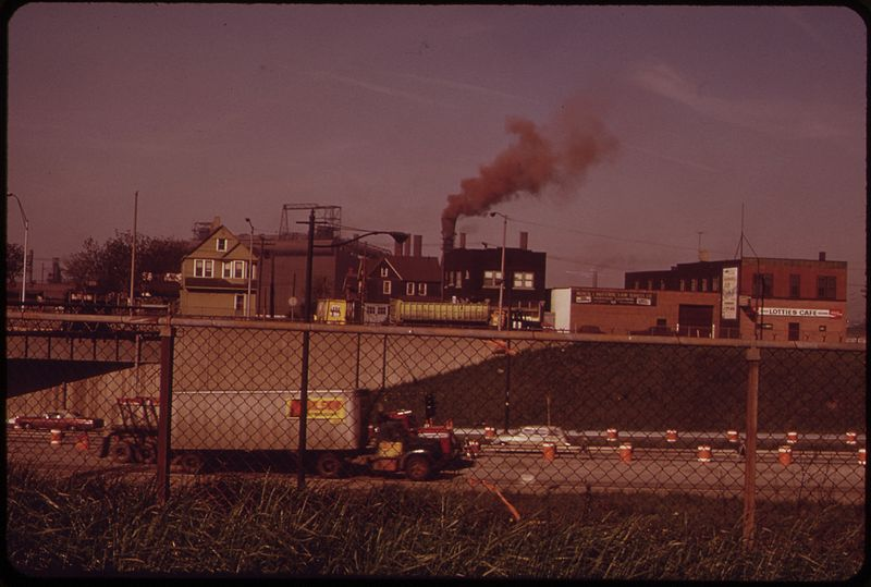 File:SMOKE FROM REPUBLIC STEEL SEEN FROM LESTER AVENUE, WEST OF GALLUP - NARA - 550203.jpg