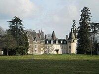 Saint-Sulpice-des-Landes - château du Courdray.JPG