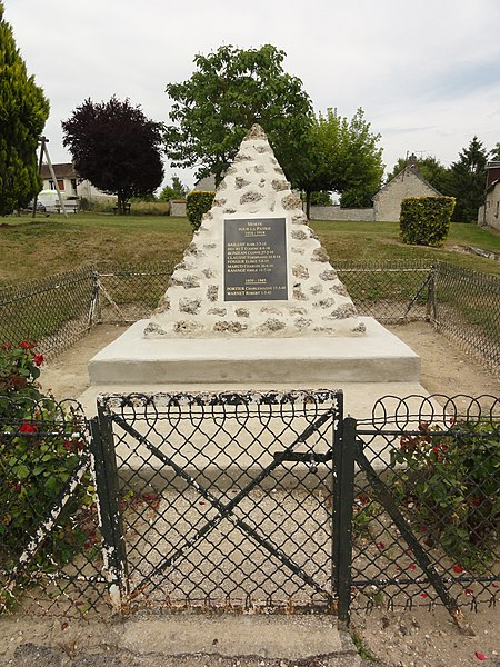 Sainte-Preuve (Aisne) monument aux morts