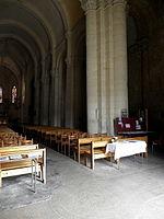 Saintes (17) Basilique Saint-Eutrope Intérieur 05.JPG