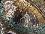 San vitale, ravenna, int., presbiterio, mosaici del catino con redentoretra arcangeli, s. vitale ed ecclesio, 01.JPG