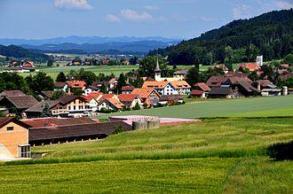 Schüpfen - Schüpfen, village from southwest