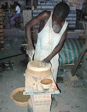 Cook stove - Stove manufacture in Senegal.