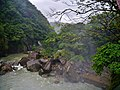 Shifen am Shifen-Wasserfall 2.jpg