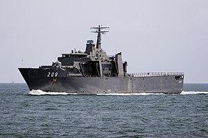 Endurance-class landing platform dock - Image: Singapore Strait Passing warship