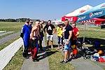 Skoczkowie na starcie spadochronowym 2017.08.15 (01).jpg