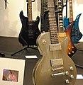 Slash guitars 2, Juliens Auctions Preview 2011-03-08.jpg