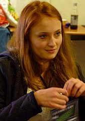 Sophie Turner (actress) 2011 cropped.jpg