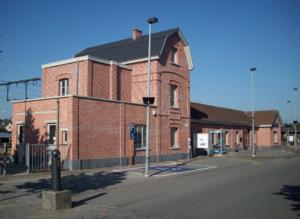 Puurs - Image: Station Puurs Foto 1 (2010)