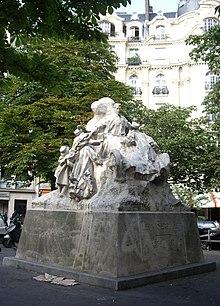Statue Léon Serpollet, Place Saint-Ferdinand, Paris 17.jpg