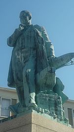 Statue augustin normand.jpg