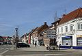 Steenvoorde Grand-Place R01.jpg