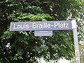 Straßenschild Louis-Braille-Platz in Hamburg-Barmbek-Süd.jpg