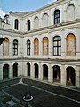 Stra Villa Pisani Außen Cortile Est 1.jpg