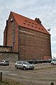 Stralsund, An der Fährbrücke 3, Silo V, Ecke Hafenstraße, Hof (2012-03-04) 1, by Klugschnacker in Wikipedia.jpg
