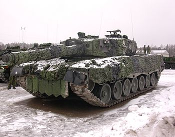 Stridsvagn 121 (Swedish Leopard 2A4).jpg
