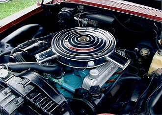 "Buick Wildcat - View of the ""Super Wildcat"" engine"