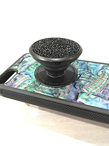 e1958384eb9 This is a premium PopSockets grip made with black Swarovski crystals