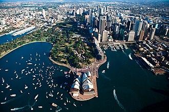 Royal Botanic Garden, Sydney - Image: Sydney Opera house 3