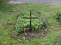Tři Studně - symbolický hrob V. Kaprálové obr01.jpg