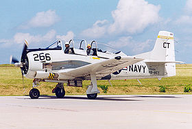 "Un T-28B in livrea U.S. Navy durante l'Airshow ""Hahn in Motion"" 1998."