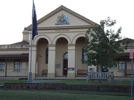 Taree Courthouse. Taree-courthouse.jpg