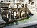Teste animali della Fontana 3.jpg