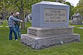 The Chicago Board of Trade Battery Memorial -- Rosehill Cemetery Chicago (IL) April 2012 (7103691493).jpg