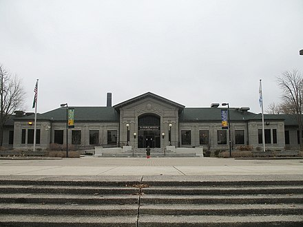 The DuSable Museum of African American History in Washington Park The DuSable Museum.jpg