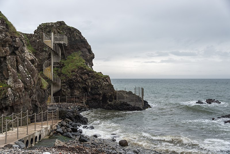 File:The Gobbins - Islandmagee, Northern Ireland, UK - August 14, 2017 - 04.jpg